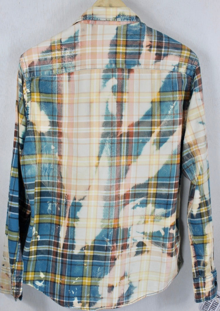 Vintage Turquoise, Peach and Cream Flannel Size Small