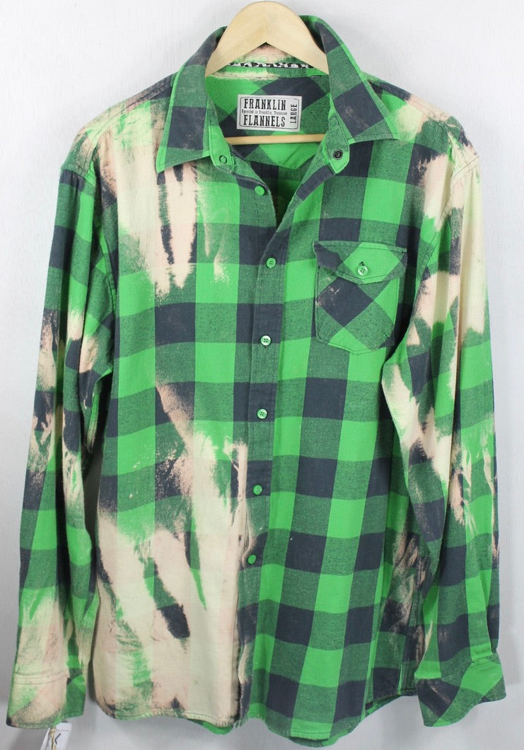Vintage Emeral Green, Cream and Black Flannel Size Large