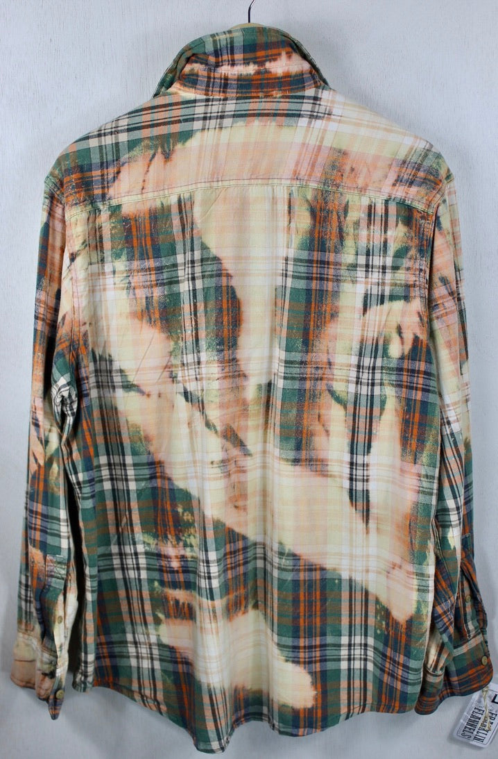 Vintage Green, Orange, Coral and Peach Flannel Size Large