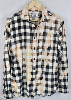 Vintage Black, White and Peach Flannel Size Small