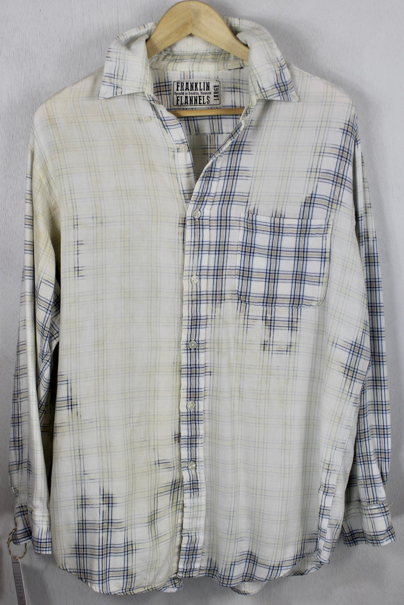 Vintage Pale Yellow and Light Blue Lightweight Flannel Size Large