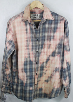 Vintage Light Blue, White and Pink Lightweight Flannel Size Medium