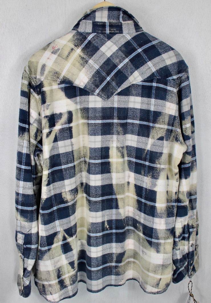Vintage Western-cut  Navy Blue, Grey and Cream Flannel Size Large