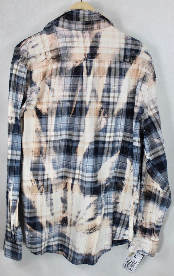 Vintage Navy, Light Blue and Cream Flannel Size Large
