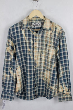 Vintage Dark Blue and Peach Grunge Flannel Size Medium