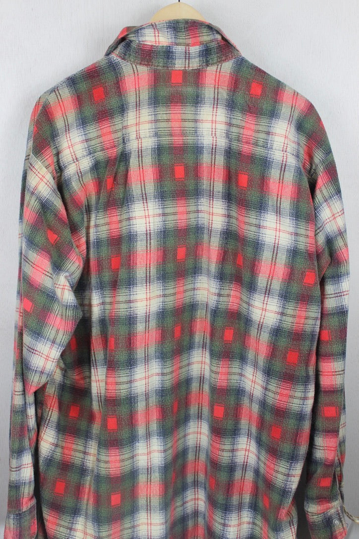 Vintage Retro Army Green, Orange and White Flannel Size XL Tall