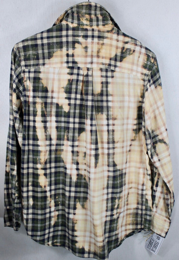 Vintage Army Green, Light Yellow and Cream Lightweight Flannel Size Small