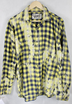 Vintage Yellow and Navy Blue Grunge Flannel Size Medium