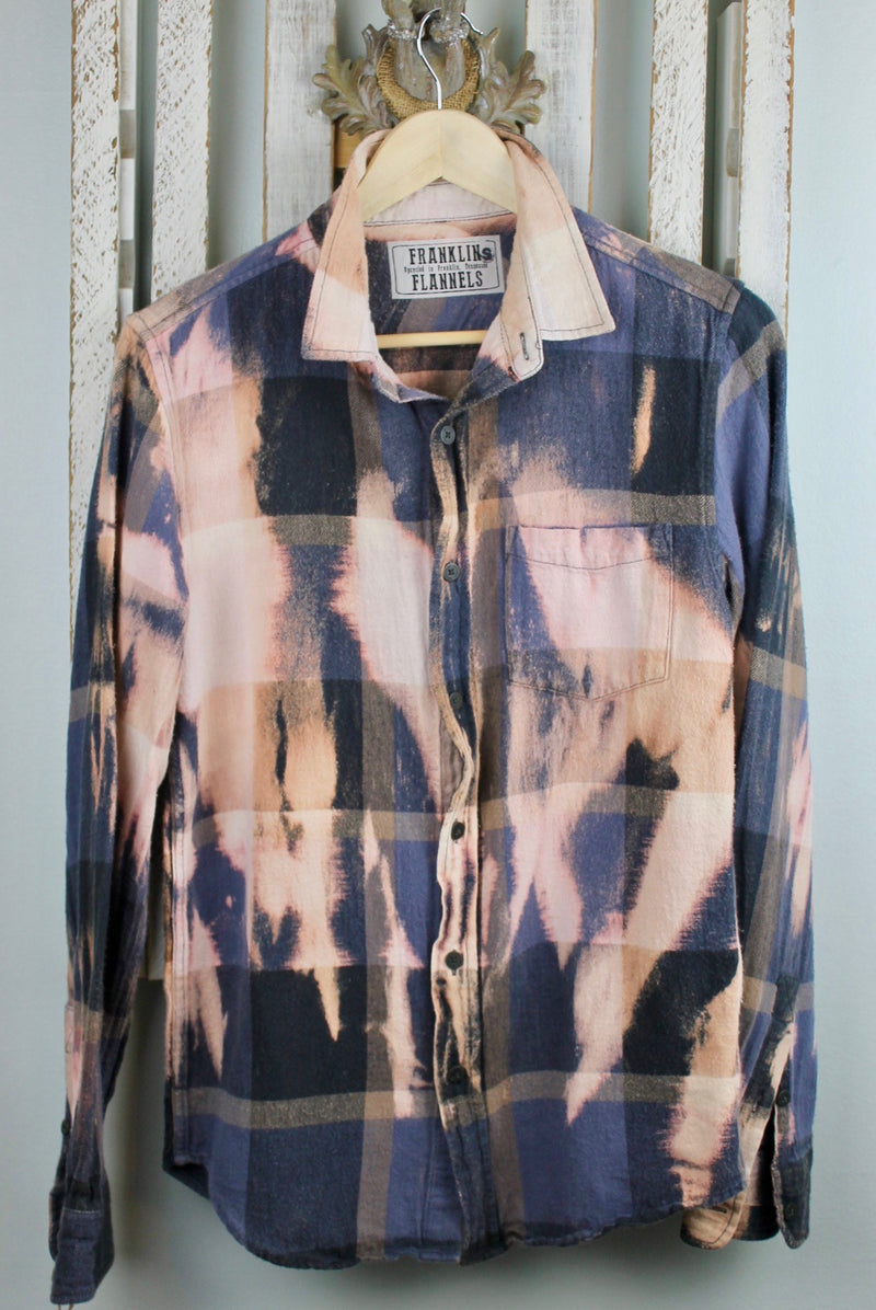 Vintage Grey Blue, Pink, Cream and Navy Blue Flannel Size Small