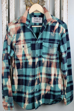 Vintage Sea Foam Green, Navy Blue and Gold Flannel Size Small