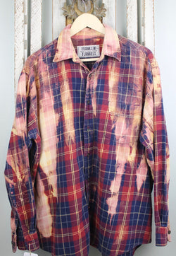 Vintage Navy Blue, Maroon, Gold and Peach Flannel Size XL