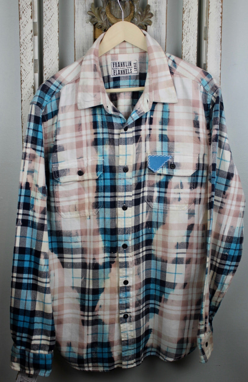 Vintage Turquoise, White and Pink Flannel Size Large