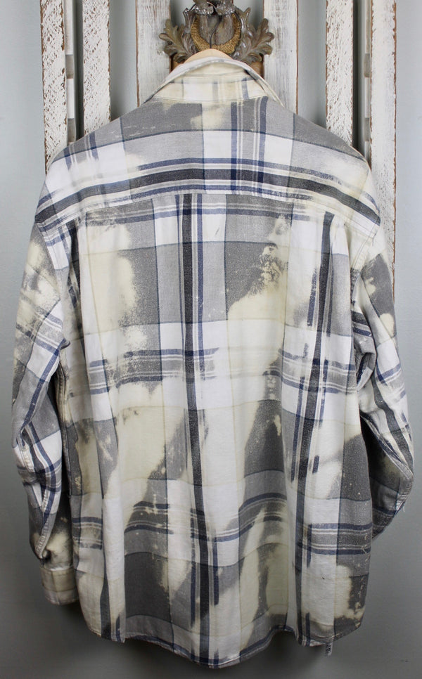 Vintage Grey, White and Pale Yellow Flannel Size XL