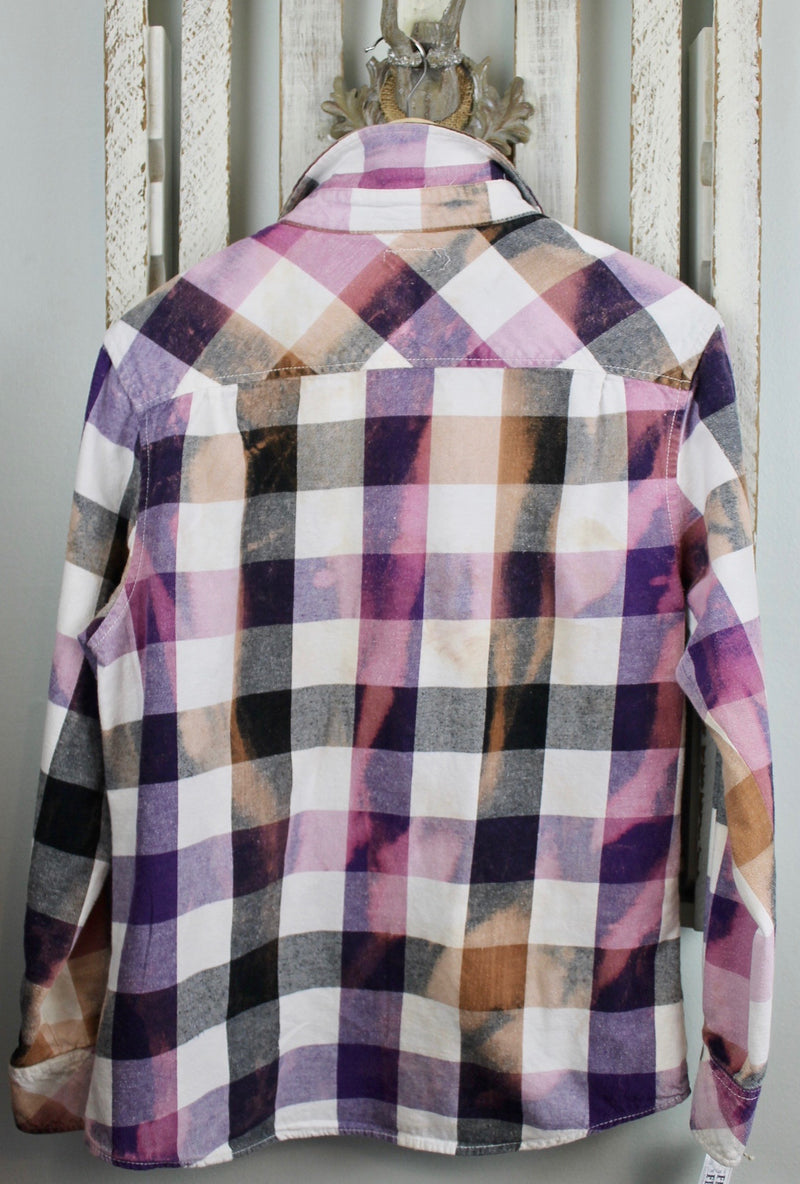 Vintage Purple, Lilac and White Flannel Size Medium