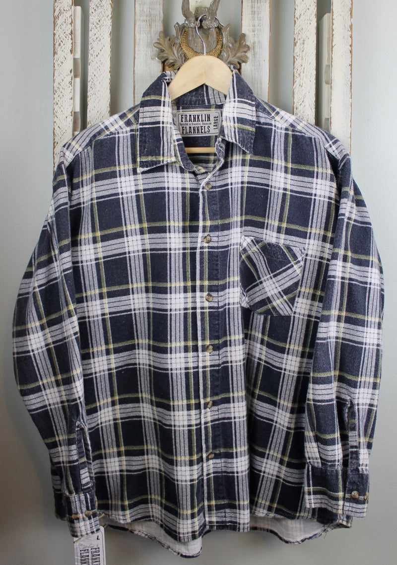 Vintage Retro Black, White and Yellow Flannel Size Large