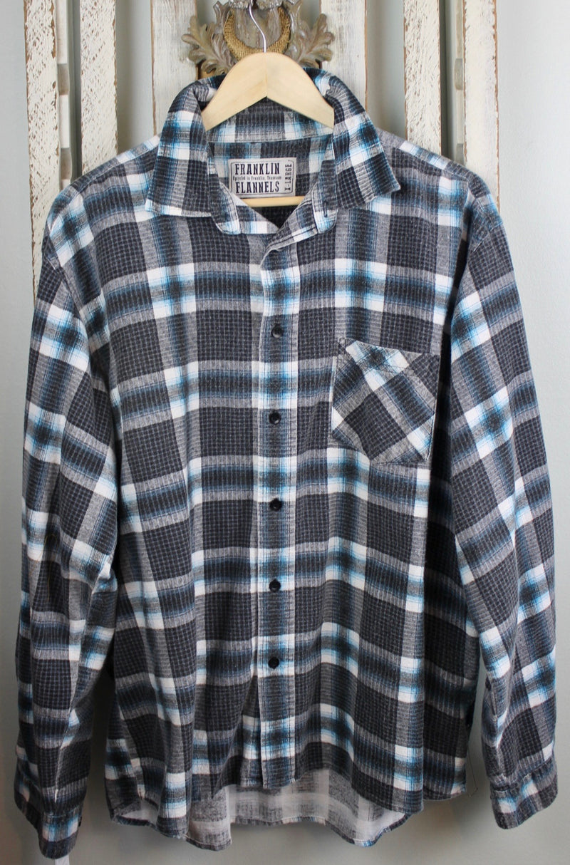 Vintage Retro Black, Grey, and Turquoise Flannel Size XL