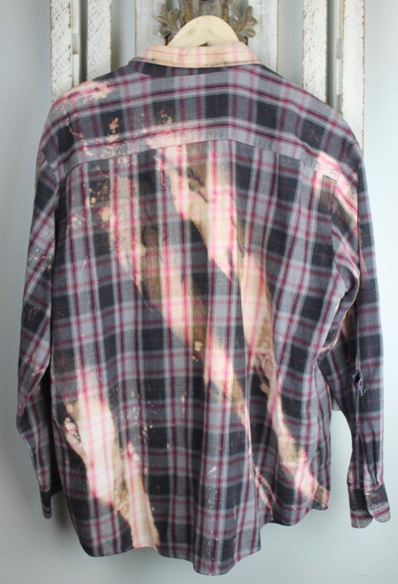 Grunge Grey, Burgundy and Peach Flannel Size Large