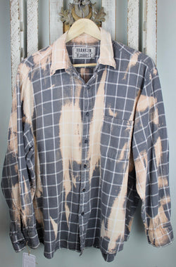 Vintage Grey, Cream and Peach Flannel Size Large