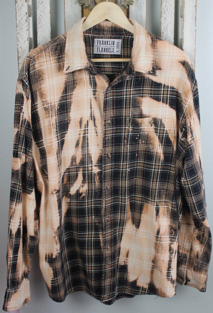 Vintage Black, Dark Grey, and Cream Flannel Size Extra Large