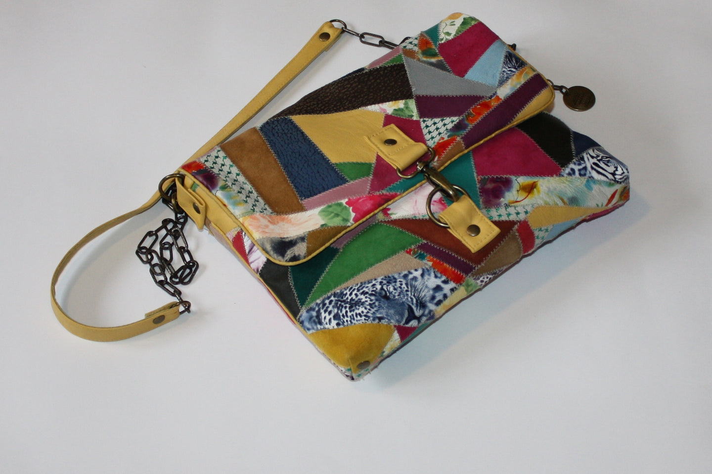 FOREST MEETS FLOWER CROSSBODY