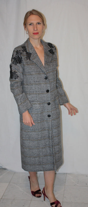 CASHMERE COAT WITH EMBELLISHMENTS