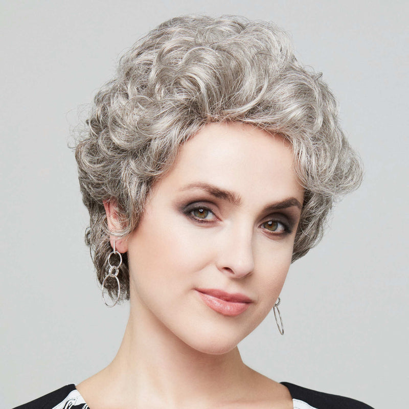 Charme Wig Gisela Mayer Classic Collection