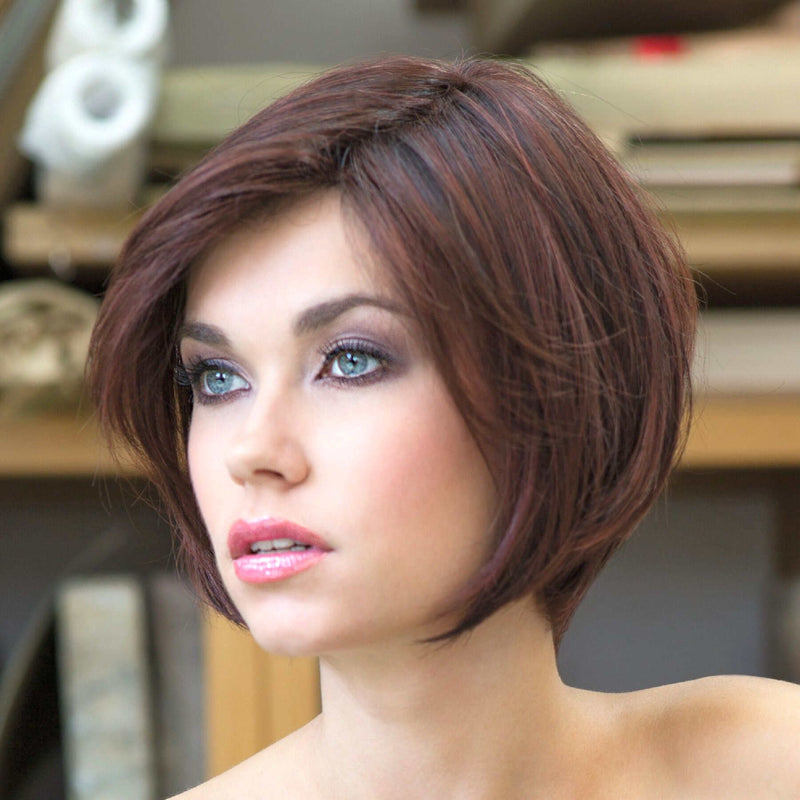 Lucca Petite Deluxe Lace Ladies Wig from the Stimulate Collection