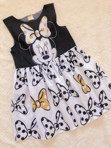 Black and White Bows - CUSTOM SMOCK