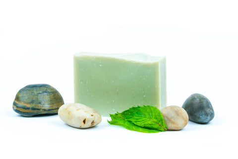 harvest garden peppermint & pumice bar soap