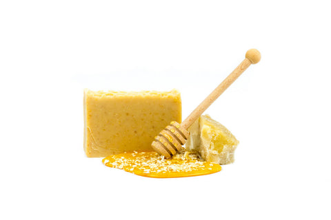 harvest garden honey & oatmeal bar soap