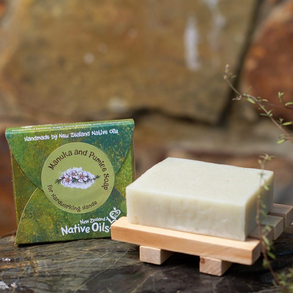 Pumice and Manuka Organic Soap with Wooden Soap Tray-NZ Native Oils Ltd