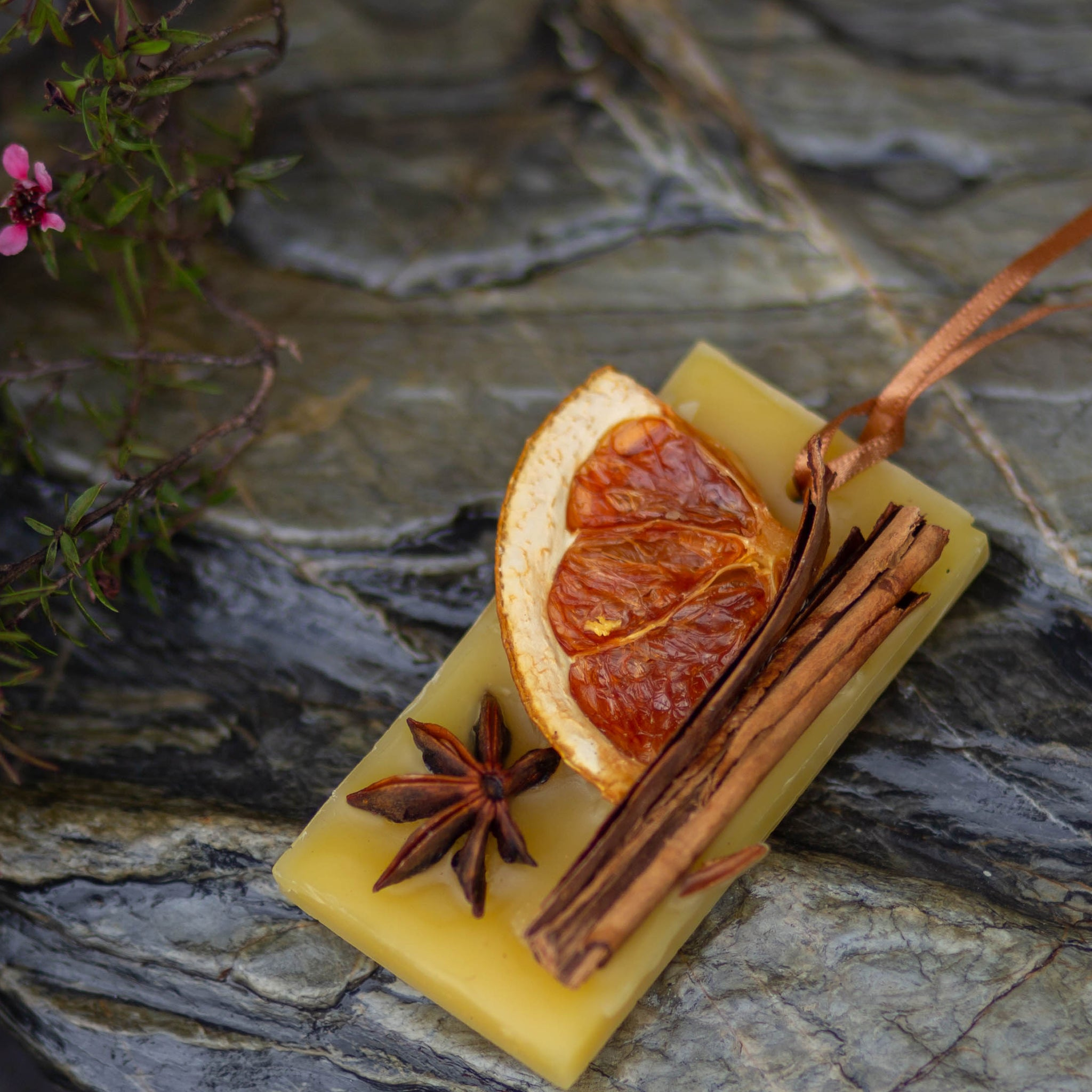 Scented Wax Tablet - Cinnamon, Sweet Orange and Star Anise-NZ Native Oils Ltd