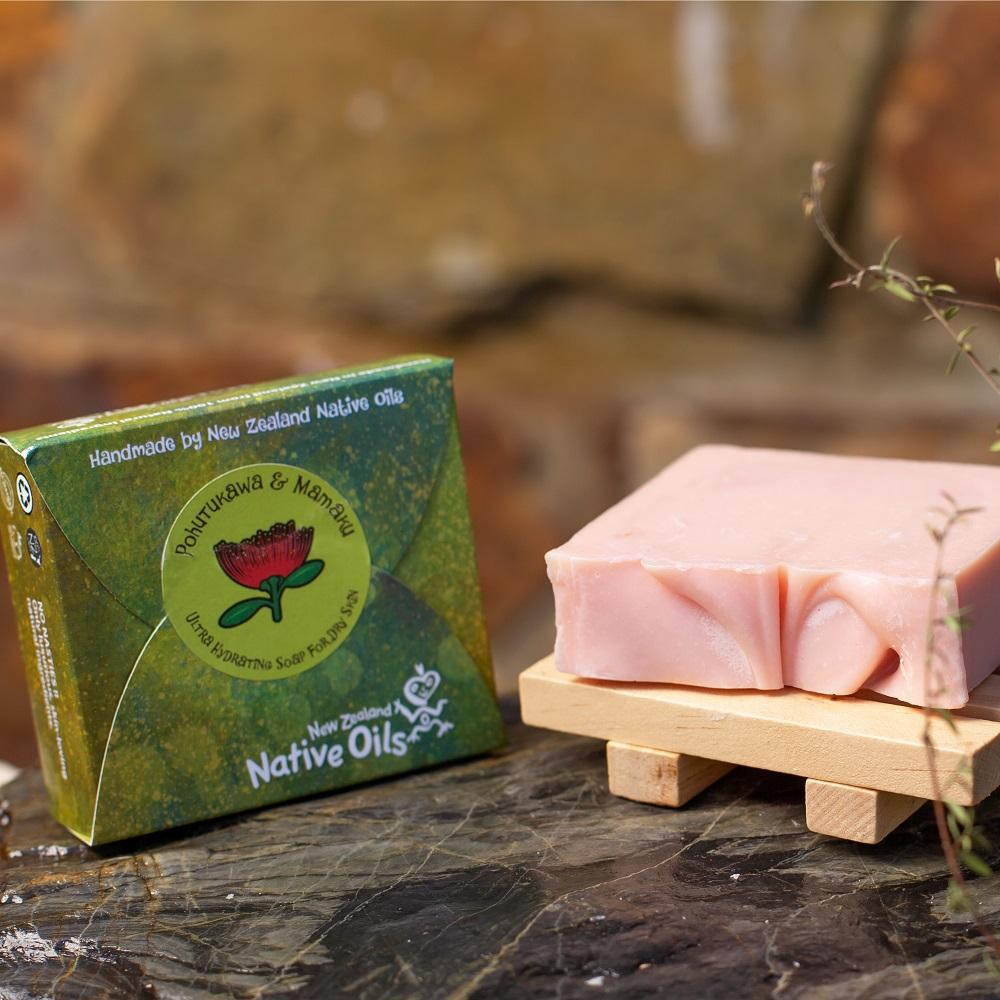 Pohutukawa and Mamaku Organic Soap with Wooden Soap Tray-NZ Native Oils Ltd
