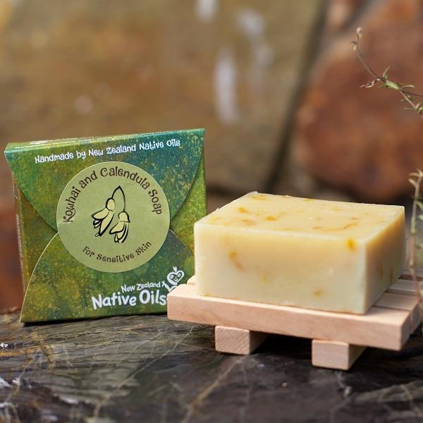 Kowhai and Calendula Organic Soap with Wooden Soap Tray-NZ Native Oils Ltd