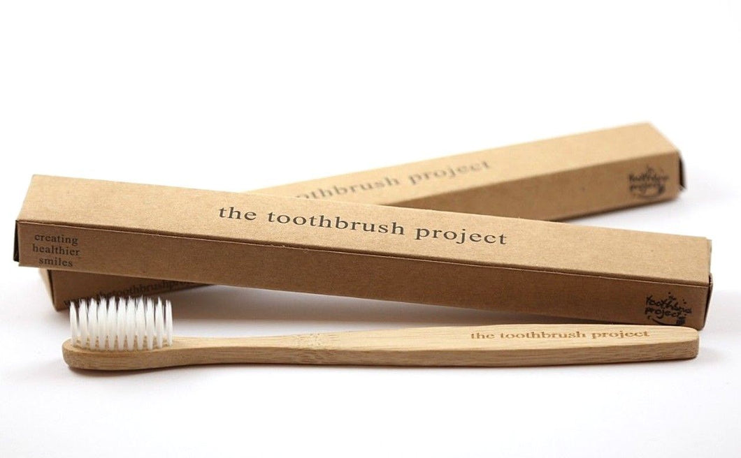 bamboo toothbrush and toothbrush box