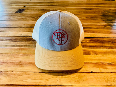 Trucker hat (gray/tan/maroon)