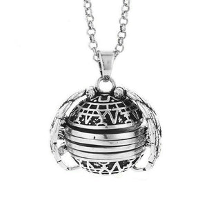 Wanjewl  Antique Silver Plate Memory Floating Locket Necklace