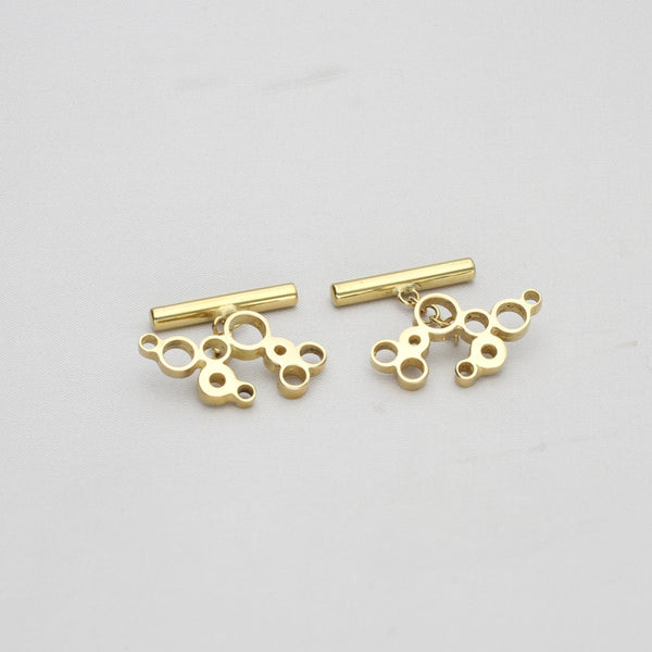 Dathlu: 23ct gold plated silver pin - Mari Thomas Jewellery