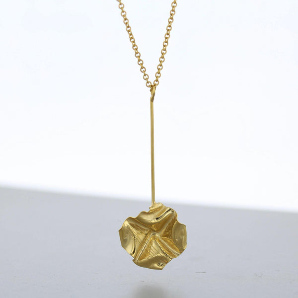 Decorative Concepts: small drop pendant, 23ct gold plated