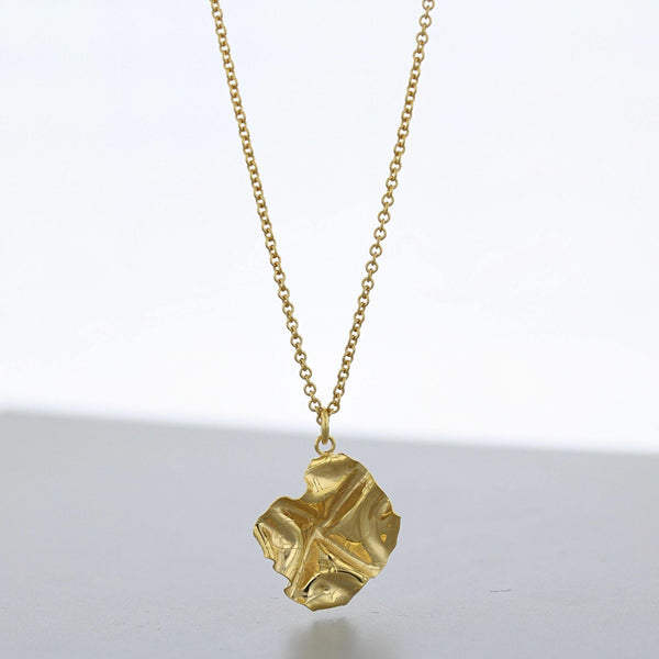 Decorative Concepts: small pendant, 23ct gold plated - Mari Thomas Jewellery