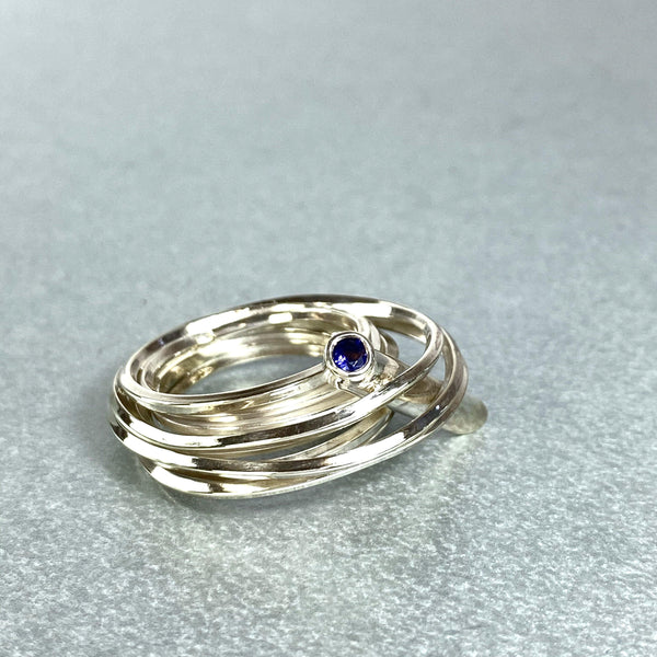 Solitaire: silver ring with an amethyst - size N/O