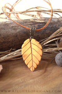 Collier Totem Woodlands Feuille Automnale