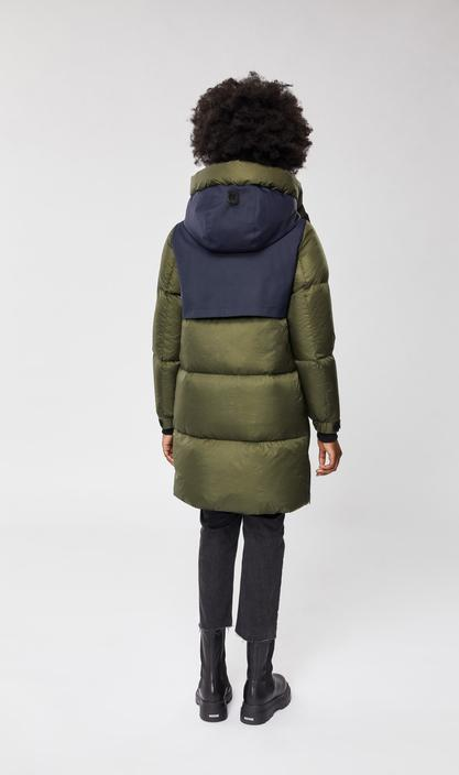 MACKAGE INARI - down coat with zippered side openings - Boutique Bubbles