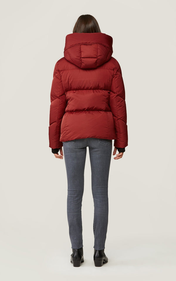 SOIA&KYO RHODA - sporty down jacket with large hood - Boutique Bubbles