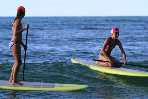 Noosa-festival-of-surfing-two-girls-paddling