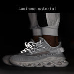 2019 Flying Woven Breathable Luminous Sneakers - agendin