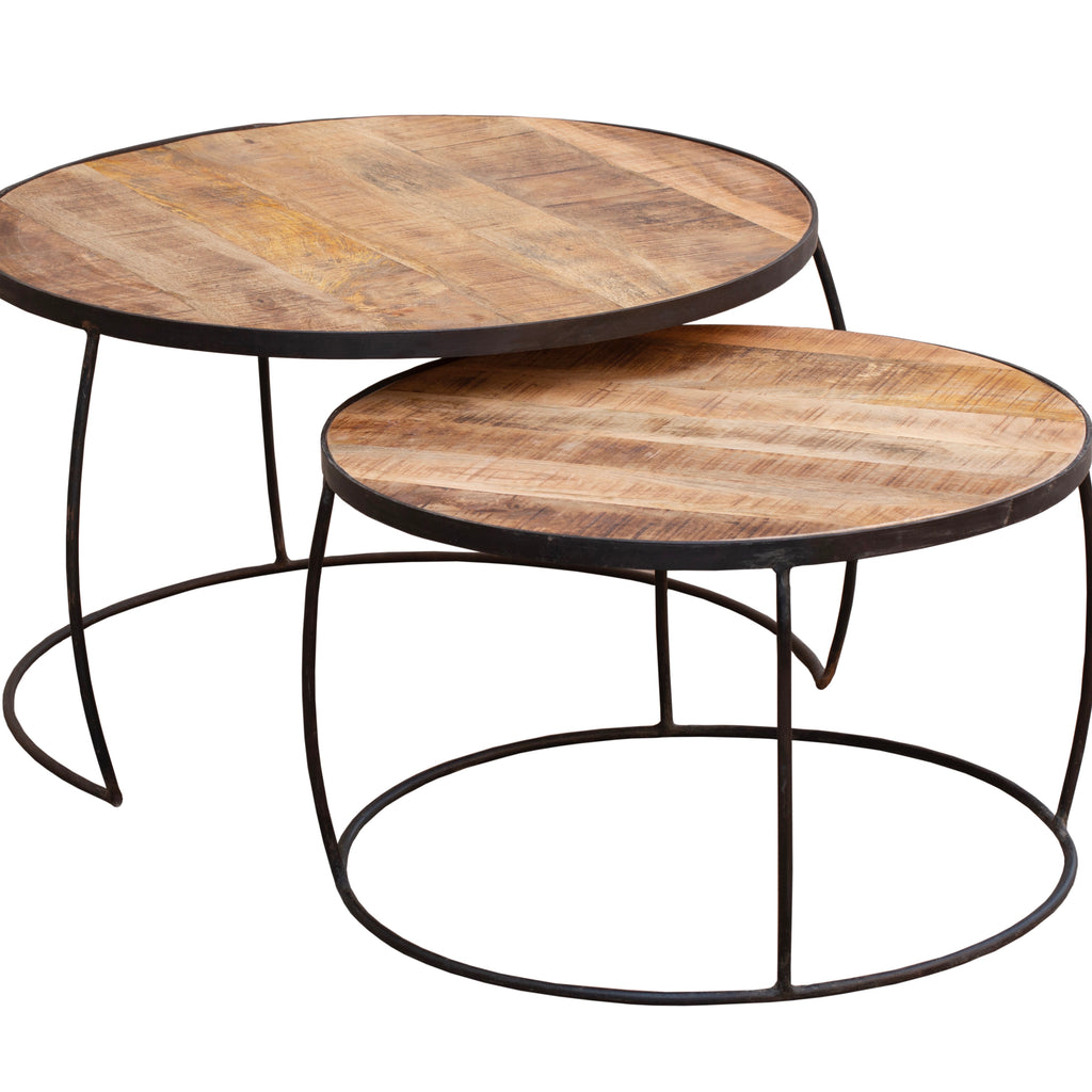 Nesting coffee table set