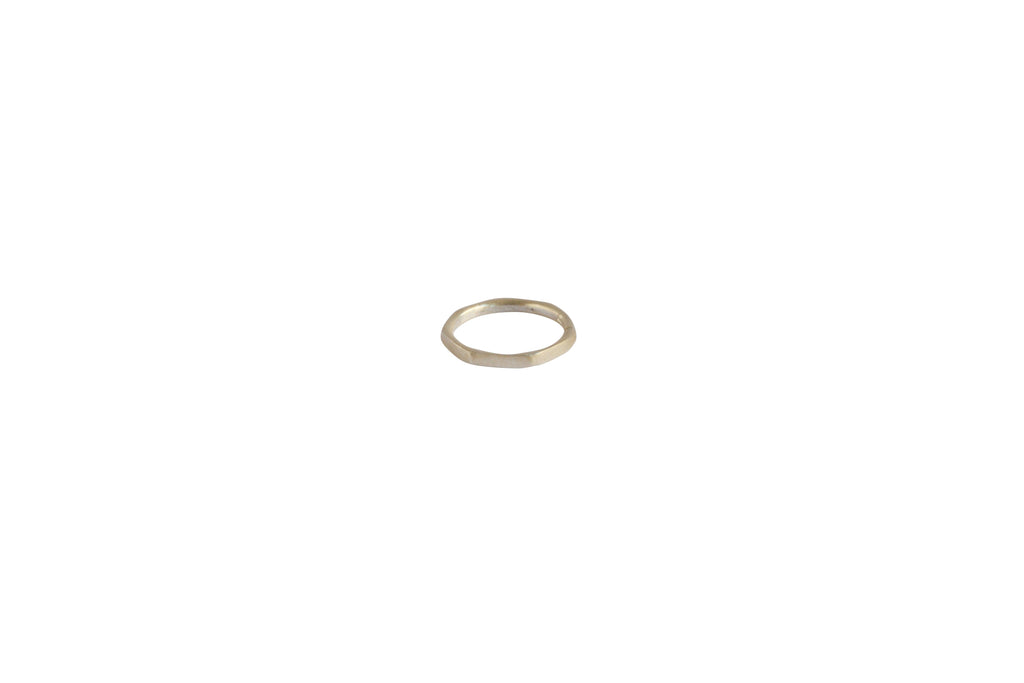 Edges Ring Silber