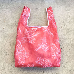 salt atlas foldable eco bag in aloha coral print