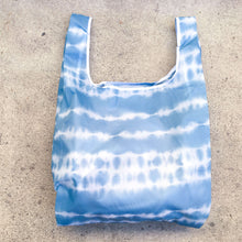 Load image into Gallery viewer, salt atlas foldable eco bag in tie dye print